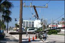 Hurricane_wilma_telecom_destruction_fpl_1